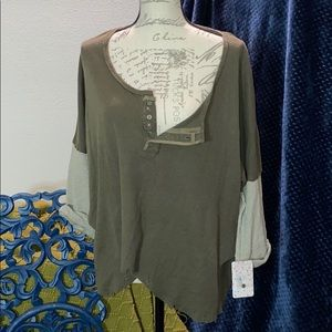 FREE PEOPLE ARMY SLOUCH TEE S NWT